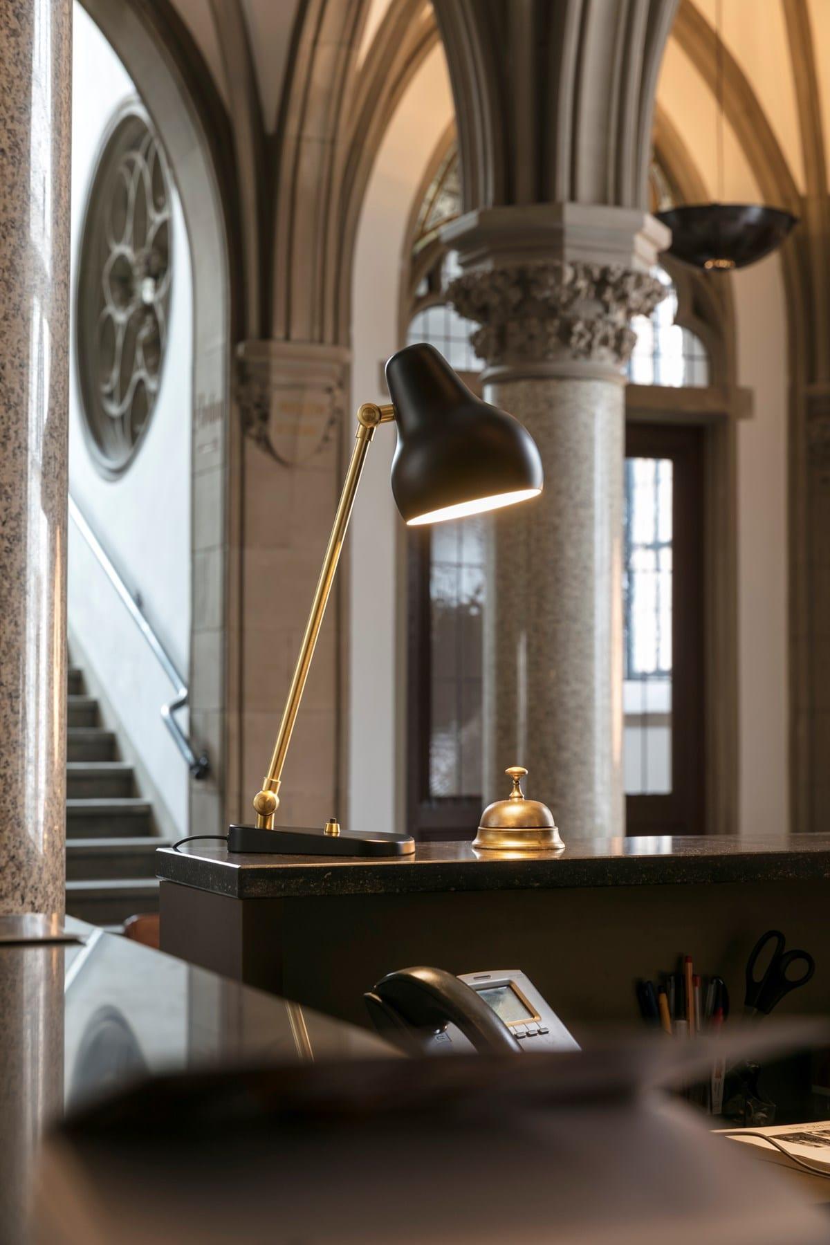 Bordlampe VL38 louis poulsen vilhelm lauritzen indbo