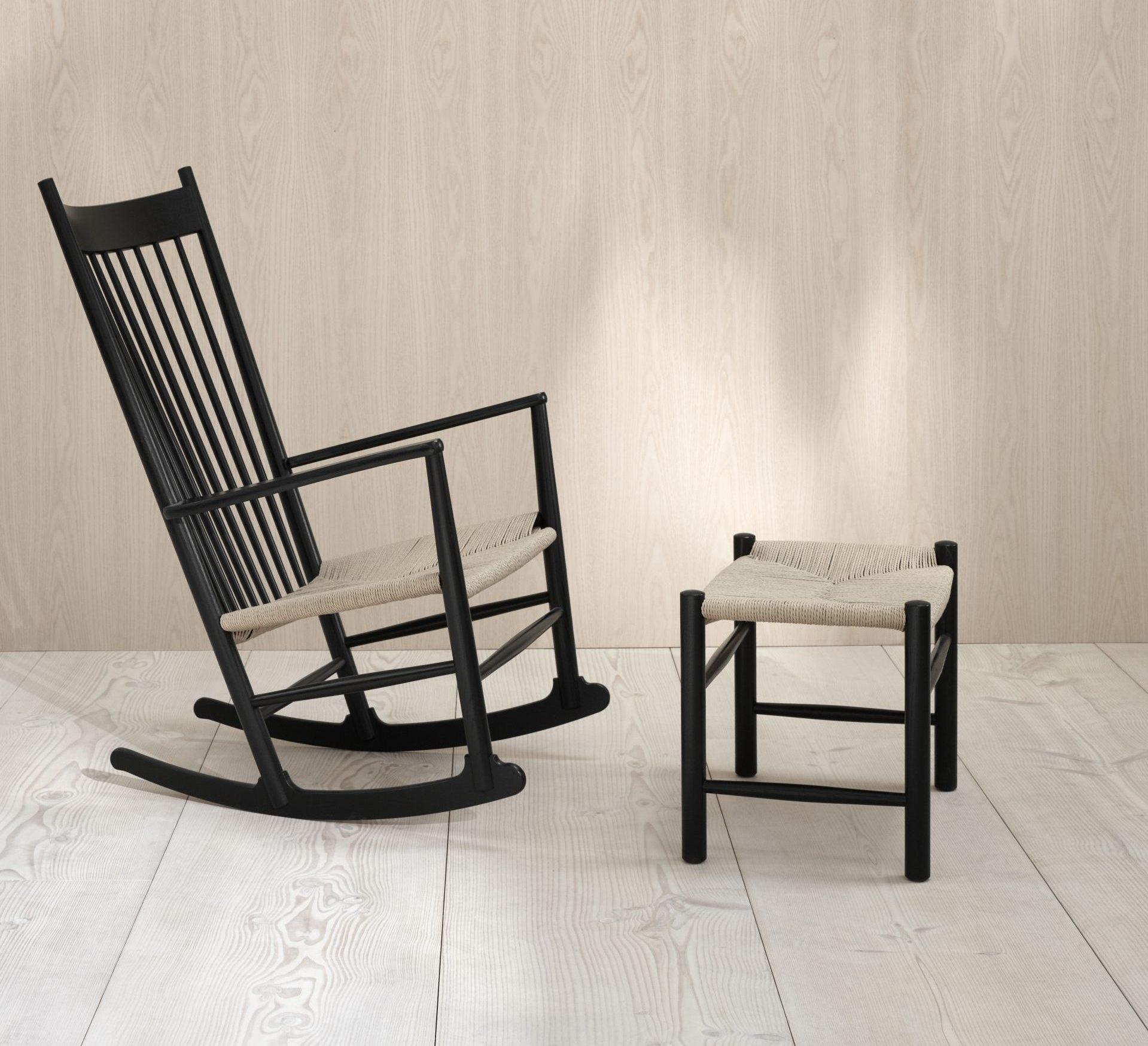 Gyngestol J16 med skammel Hans J. Wegner Fredericia Furniture