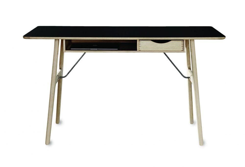 Skrivebord RM13 Risskov Møbelsnedkeri Getama